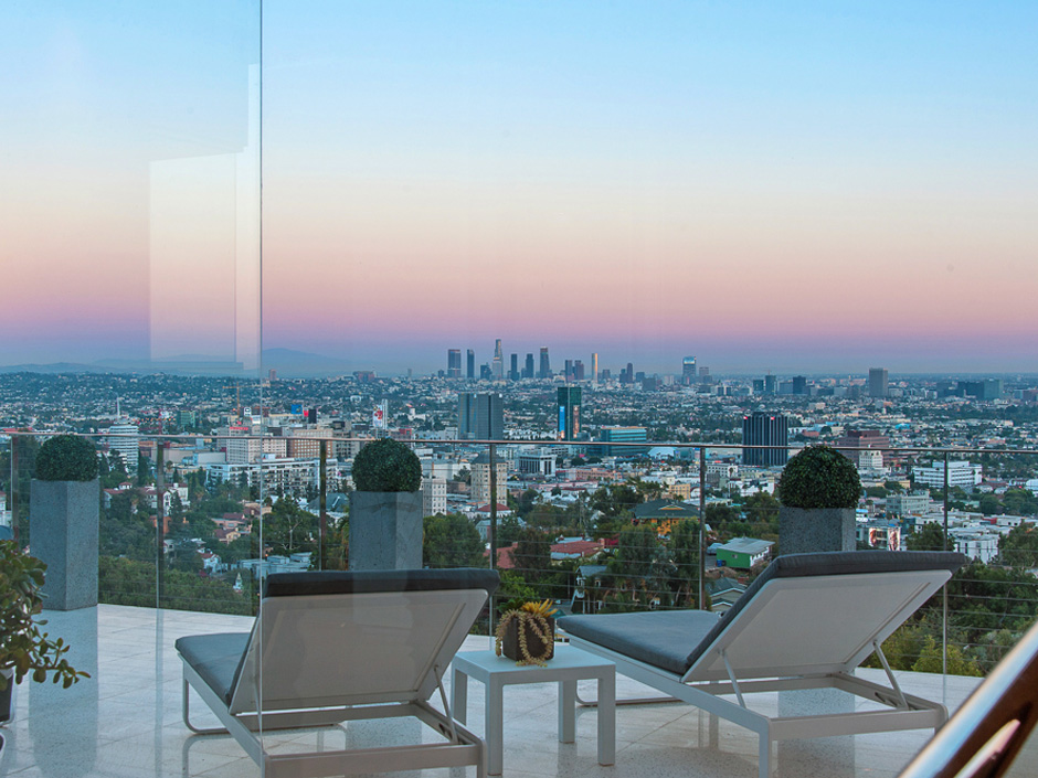 Sunset strip hollywood hills west area info jill for Best neighborhoods in los angeles for singles