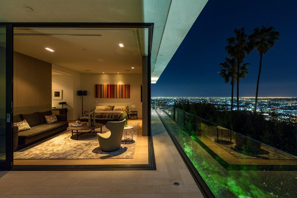 Hollywood hills luxury real estate for sale christie 39 s for Luxury homes for sale in los angeles california