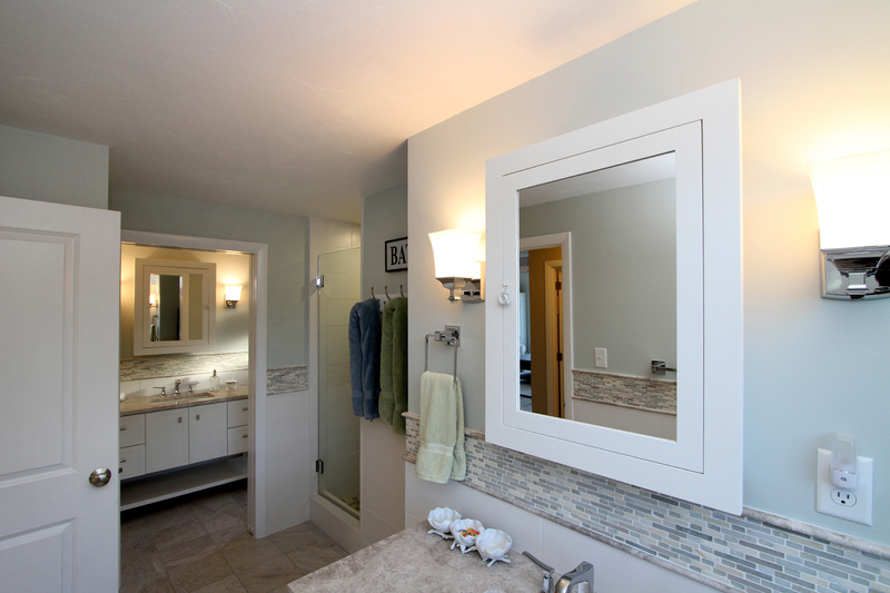 52 Jonathan Drive Master Bathroom