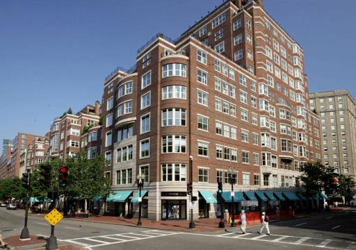 Heritage residences back bay luxury condos for sale boston for Luxury barn builders