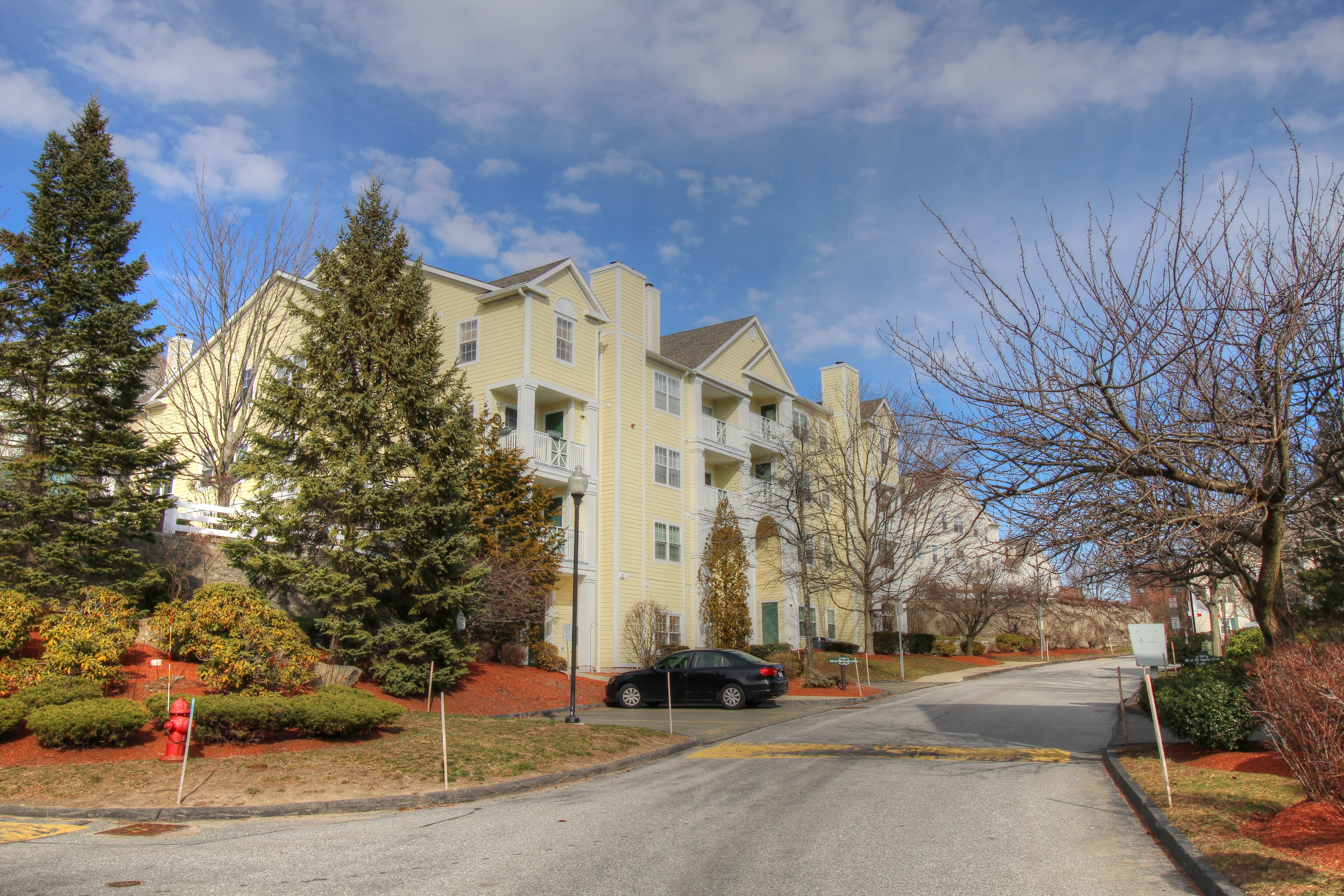 Summit Village Condos Reading MA Current Listings