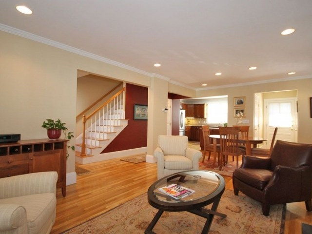 Single-family home in monument area of Charlestown