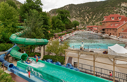 Roaring fork valley vacation rentals coldwell banker for Cabins for rent near glenwood springs